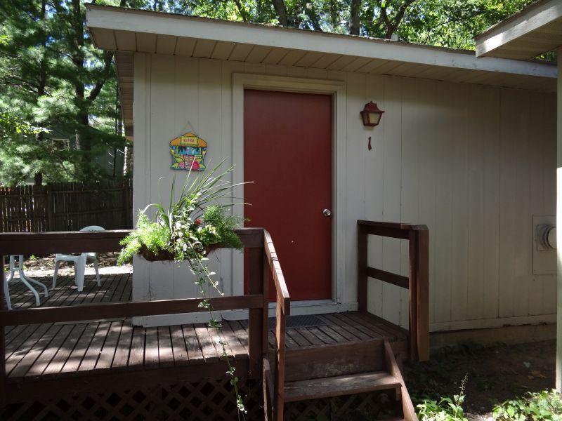 traverse_cabin_rental_001_cabin_1